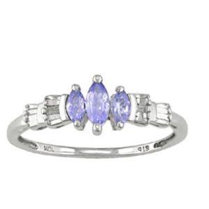 Jewelry - 10kt Tanzanite & Diamond Ring Size 7